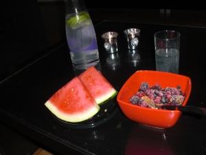 Kesella med bär, vattenmelon & limevatten