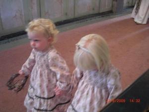 Sen kom deras dotter: Ebba & en till tjej