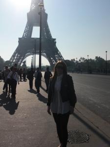 Innan vi tog trapporna upp i Eiffeltornet..Puhh