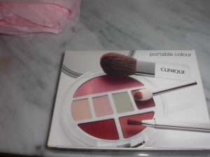 Clinique-Make up